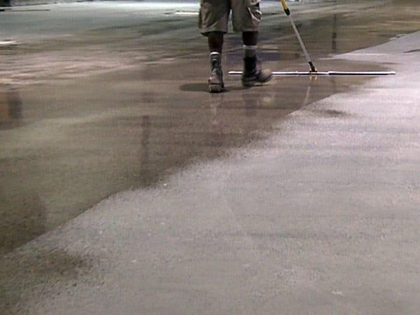 Prezzi-superfici-in-cemento-antiolio-rubiera