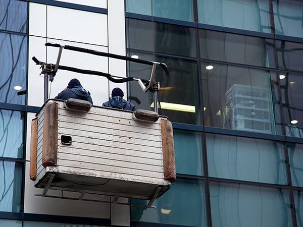 Pulizie-vetri-condomini-modena